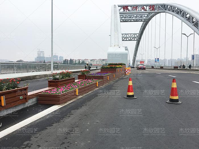 桥梁铝合金组合爱博体育竞猜推荐案例